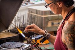 Effner Glasatelier Schimmer Waging Liane Jaehde 2956