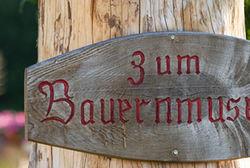 Rupertiwinklerbauernhofmuseumschild