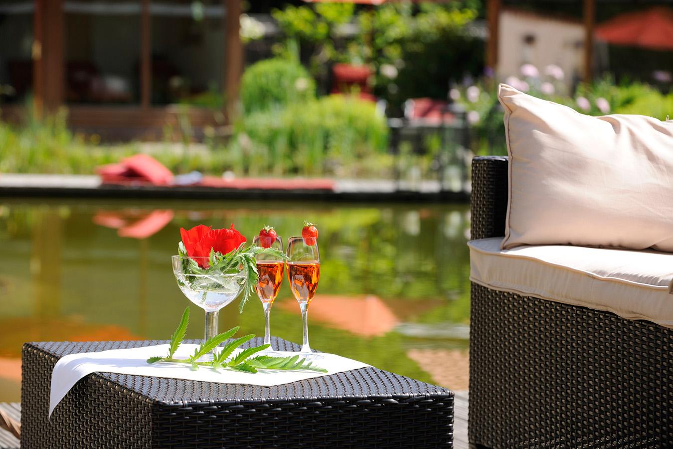 Drinks im Wellnessgarten Waging